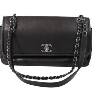 CHANEL Lamskin Leather Classic Flap